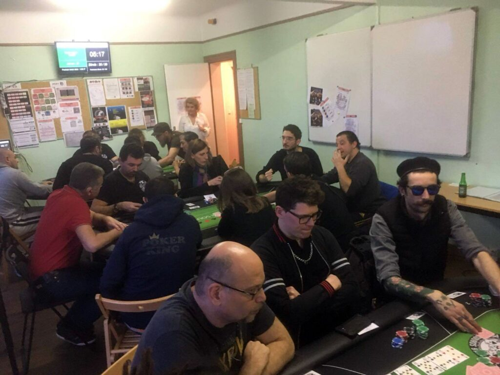club poker sourds essonne