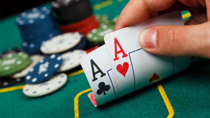 strategie poker main depart